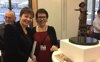 Caroline Lucas MP with sculptor Hazel Reeves