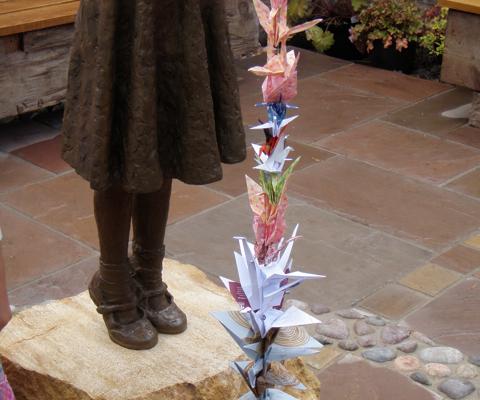 Sadako Sasaki bronze statue
