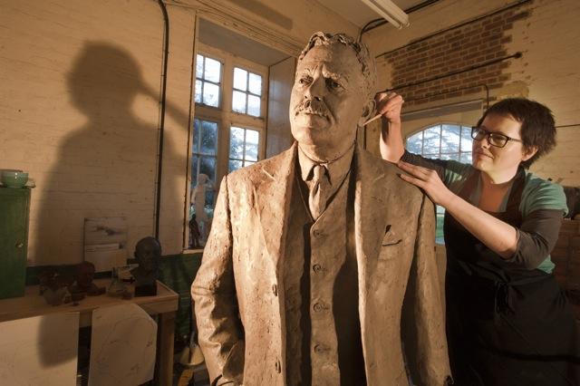 Hazel Reeves sculpting Sir Nigel Gresley in her studio (photo by Roger Bamber)