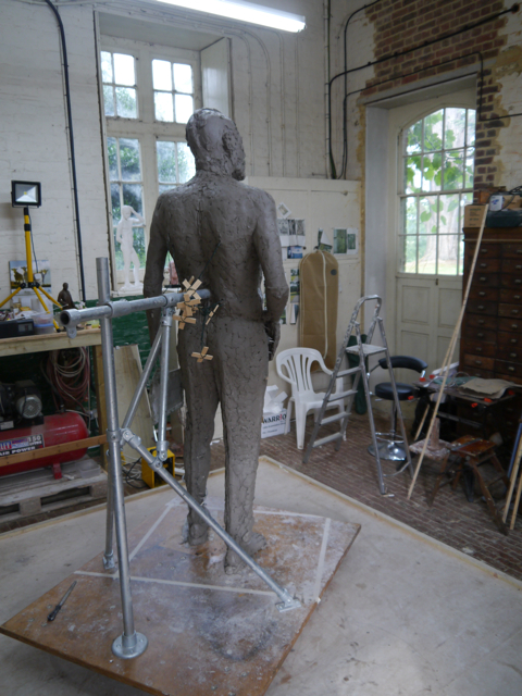 Gresley statue, adding the trousers