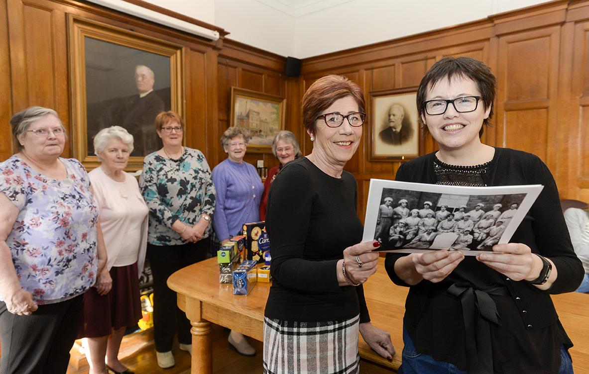 Celebrating women workers – 'Cracker Packer' commission